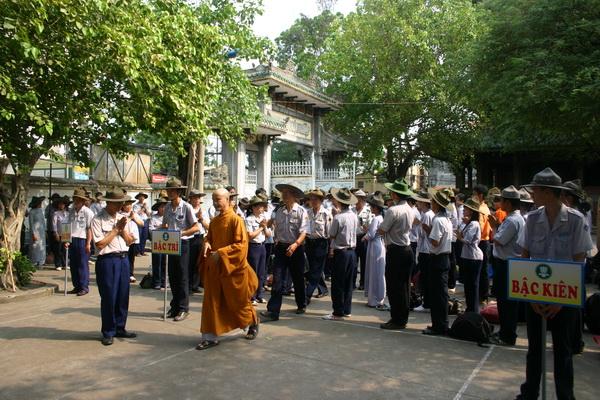 Cung đón Chư tôn đức và Quan khách quang lâm tham dự lễ khai mạc