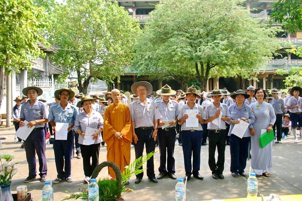 Trao chứng chỉ trúng cách trại huấn luyện Lộc Uyển – A Dục – Huyền Trang