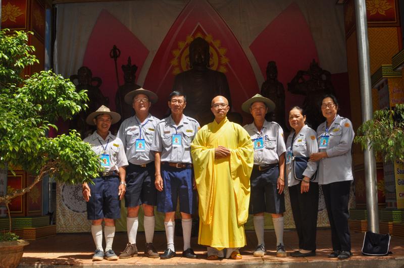 Đắk Lắk: Ban quản trại Lộc Uyển VIII và A Dục VI cúng dường trường hạ chùa Kim Quang PL 2563 – DL 2019